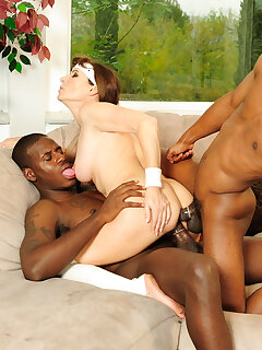 Mature Interracial Pictures