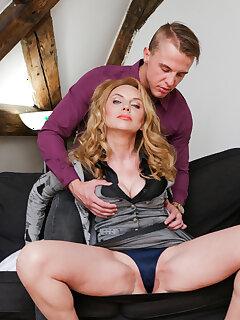 Mature Sex Pictures